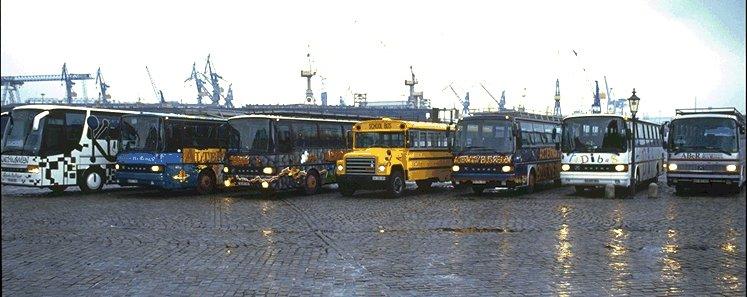 Omnibusse auf dem Hamburger Fischmarkt