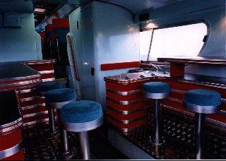 Bar im Greyhound-Bus