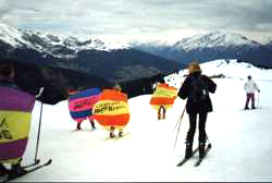 Ski-Abfahrt mit Snowsails